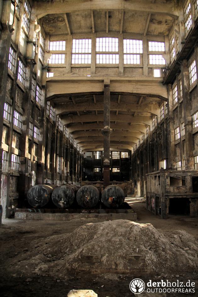 Derbholz Chemiewerk Colossus Tanks in Halle
