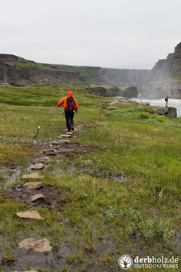 Locke und ReRe am Hafragilsfoss