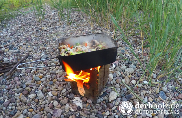 Derbholz Kanu Tour Hobo Stove