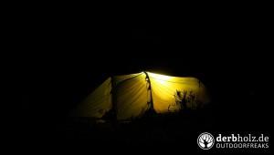 Zweimann Zelt in der Nacht