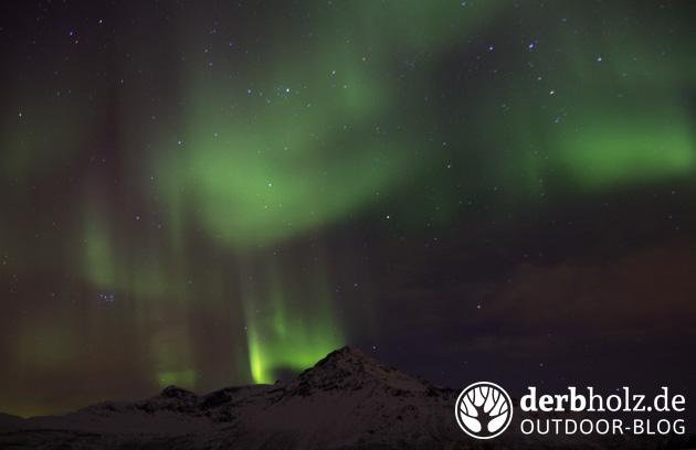 derbholz winterabenteuer in norwegen nordlichter