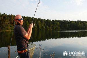 ReRe mit Fisch im Drill