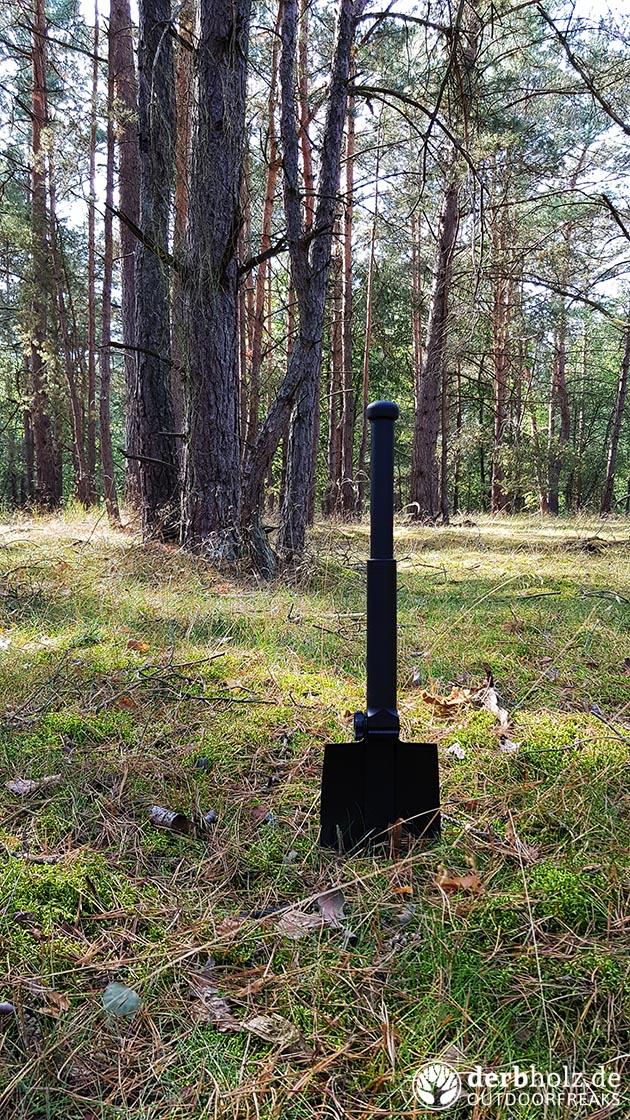 Gerber Feldspaten im Wald