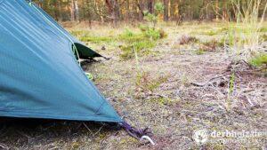 Zelt mit Morgentau